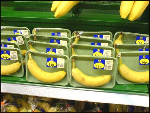 Bananas-934x